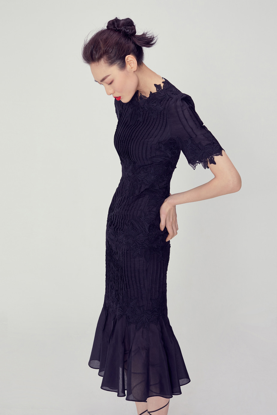 Flora Lace Dress(BLACK)