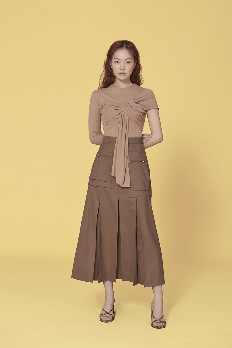 Cargo-Pocket Pleated Skirt