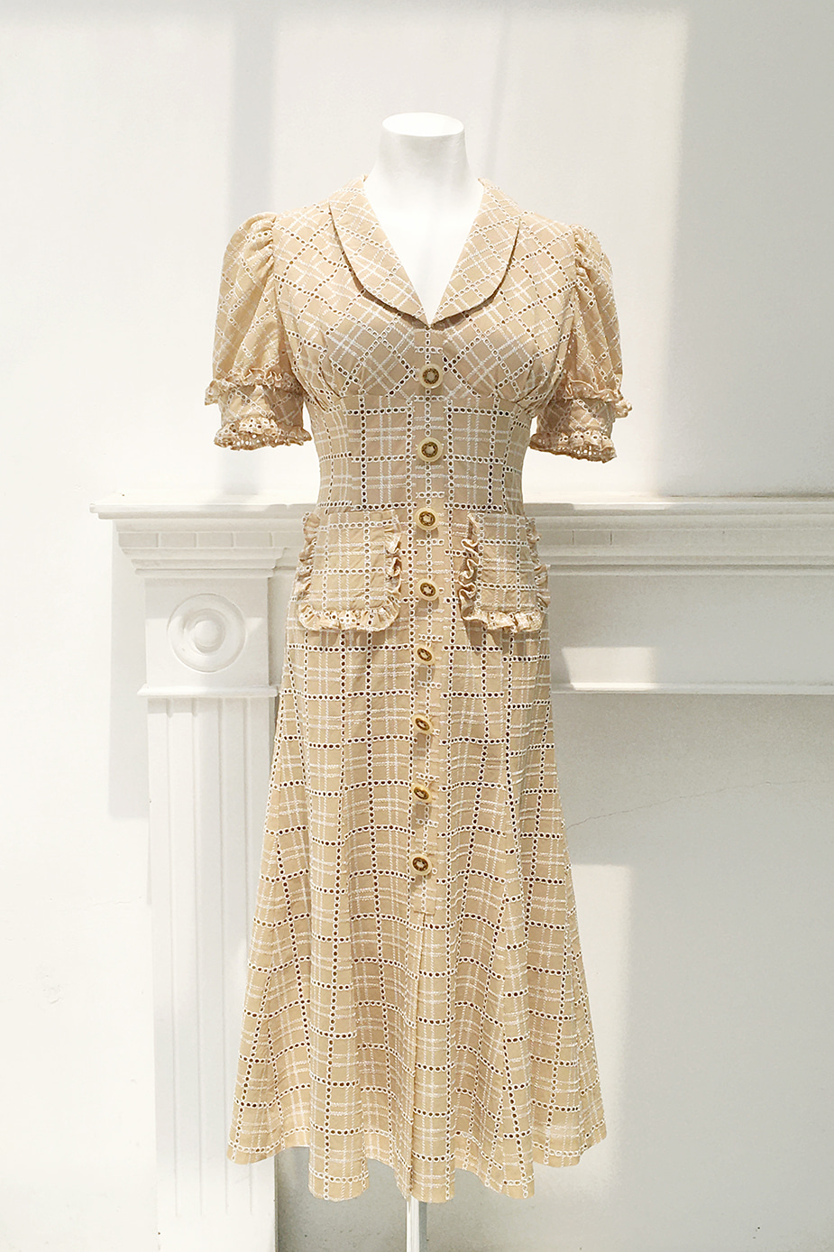Coney Island Dress(Beige Lace)